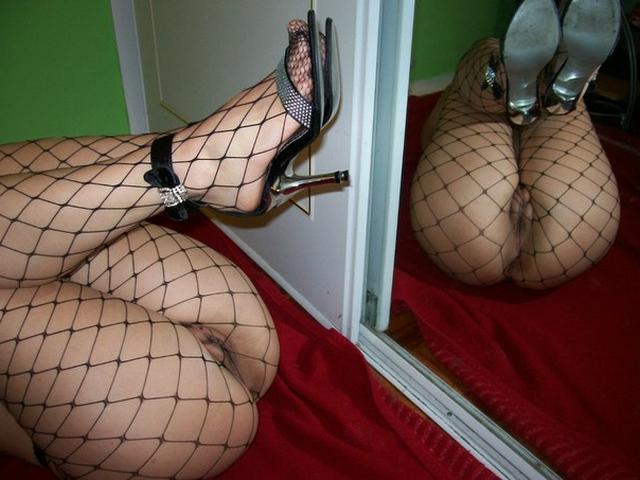 Сочная жопа цыпочки в колготках крупным планом - секс порно фото