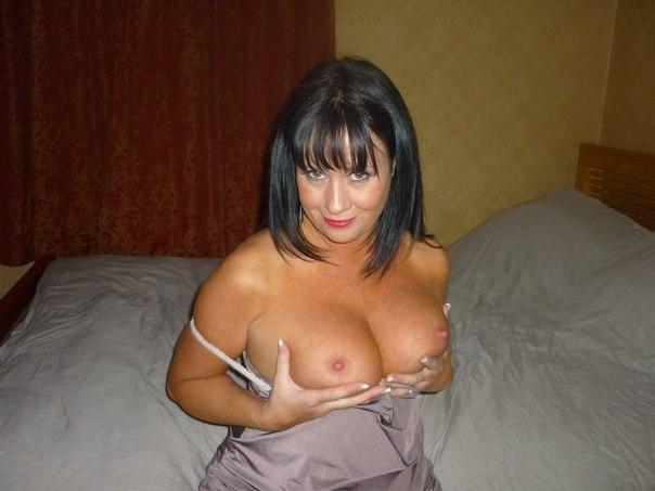 Зрелые дамочки оголили шикарные формы - секс порно фото