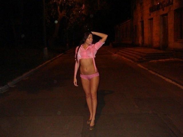 Откровенные селфи девушек с голыми попами - секс порно фото